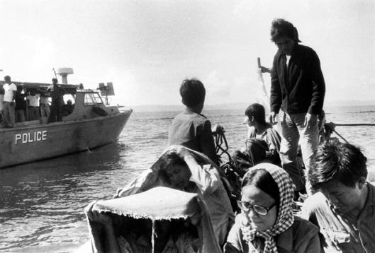 vietnamrefugees2.jpg